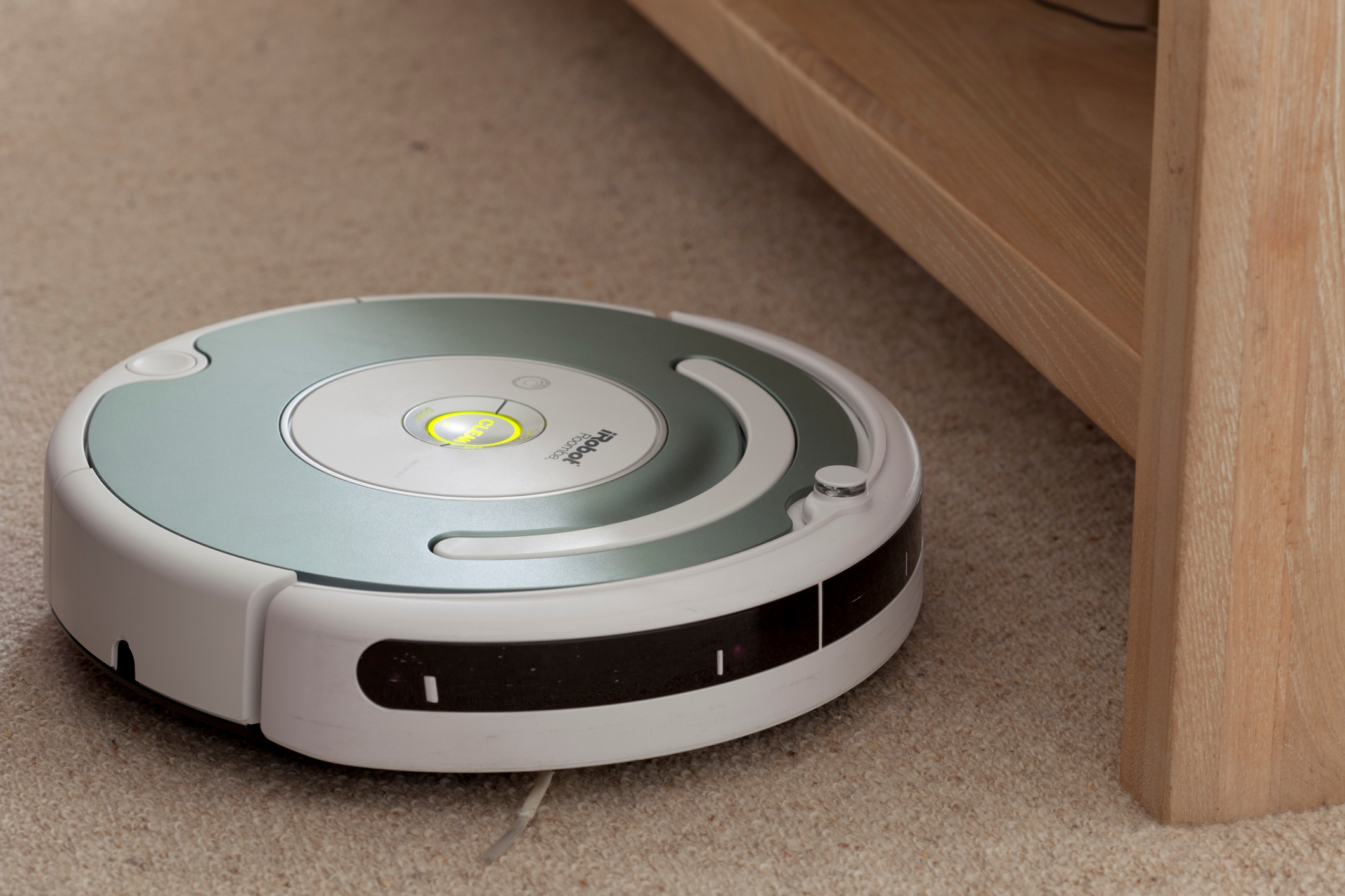 iRobot Roomba robot vacuum set to run at noon