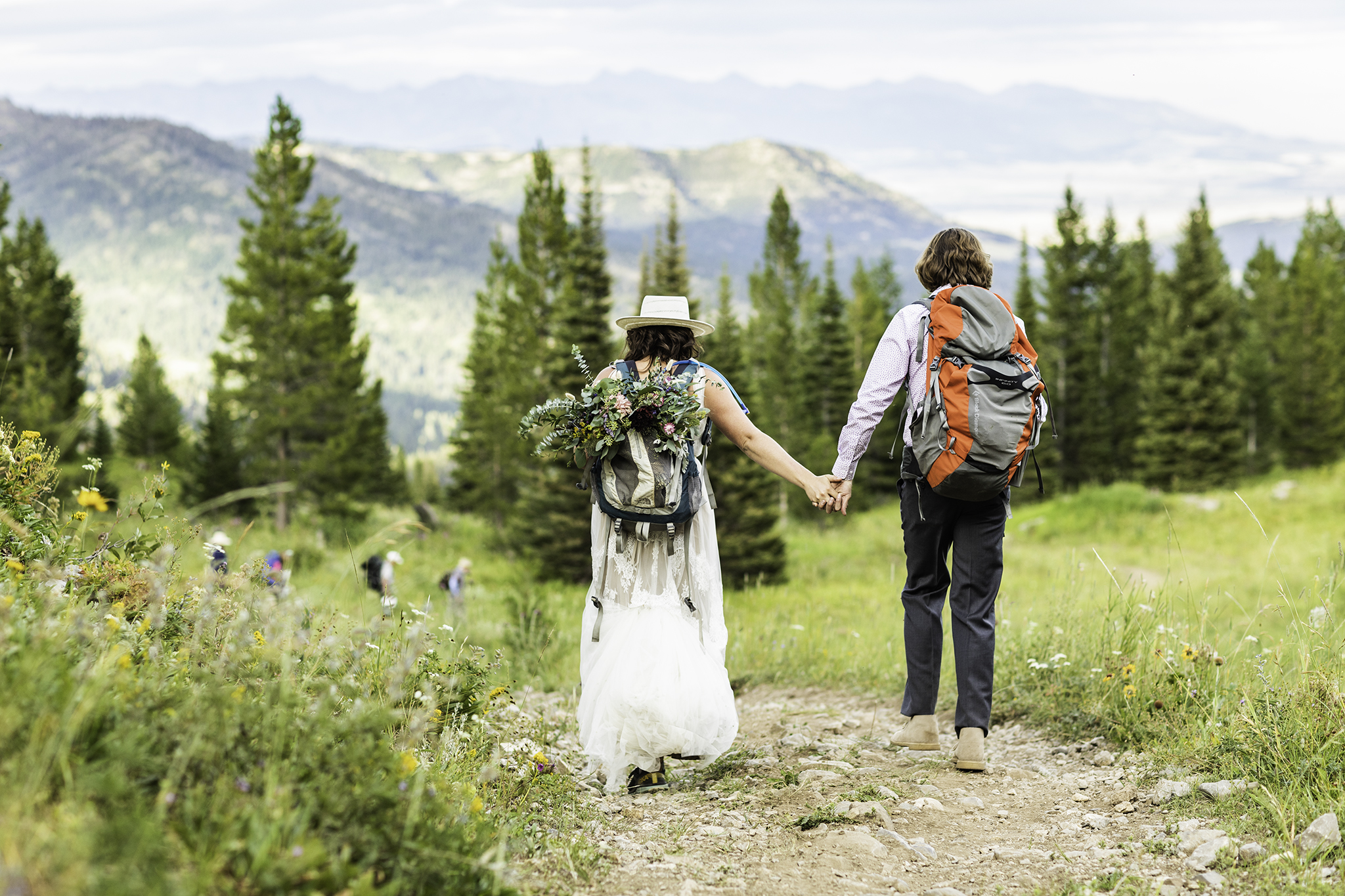 Eloping: Not the Escape Weddings of the Past