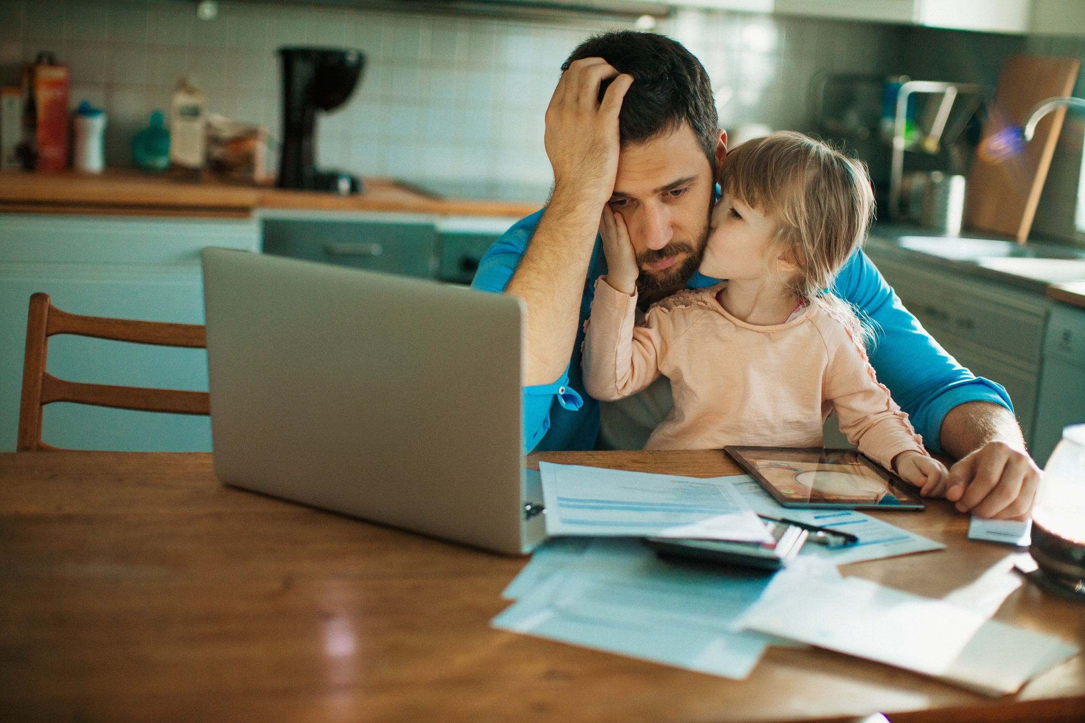 Father balancing work and family