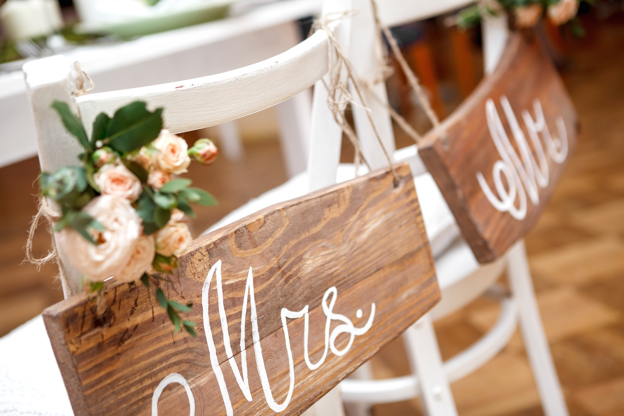 Planning a microwedding may not include chiavari chairs